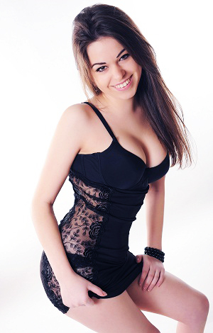 Russian bride Elena from Lugansk