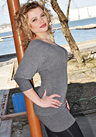 Russian bride Evgeniya from Nikolaev