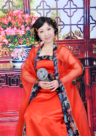 Single girl Huaifen 42 years old