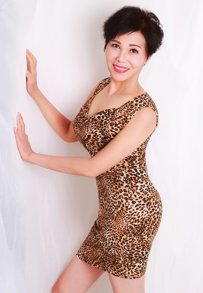 Dating women from china