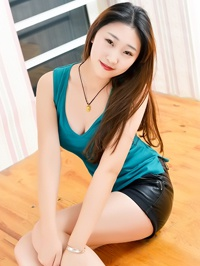 Asian Bride XinYue (Cora) from Shenyang, China
