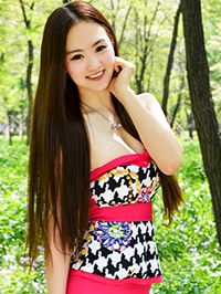 Asian woman Guangjie (Lydia) from Shenyang, China