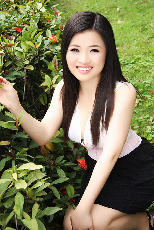 raymond asian women dating site With over 25 million members, asiandatingcom is a hugely popular dating site to match western men with asian women so if you are a man from western countries and want to meet women from philippines, thailand, vietnam, indonesia, cambodia, singapore, japan, korea, or other parts of asia, asiandatingcom is clearly a top choice.