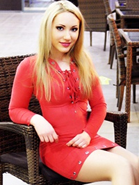 Russian woman Alena from Mariupol, Ukraine