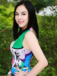 Asian woman Huali (Jessica) from Shenzhen, China