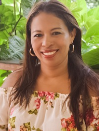Latin woman Siria Yamileth from La Ceiba, Honduras