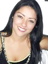 Latin woman Monica from Santiago de Cali, Colombia