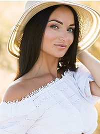 Russian woman Maria from Mariupol, Ukraine