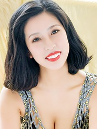 Asian woman Meina (Rae) from Fushun, China