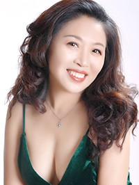Asian woman Chunyan from Fushun, China