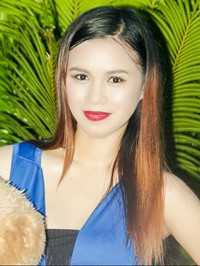 Asian woman Yubilyn Saceda from Barbar, Philippines