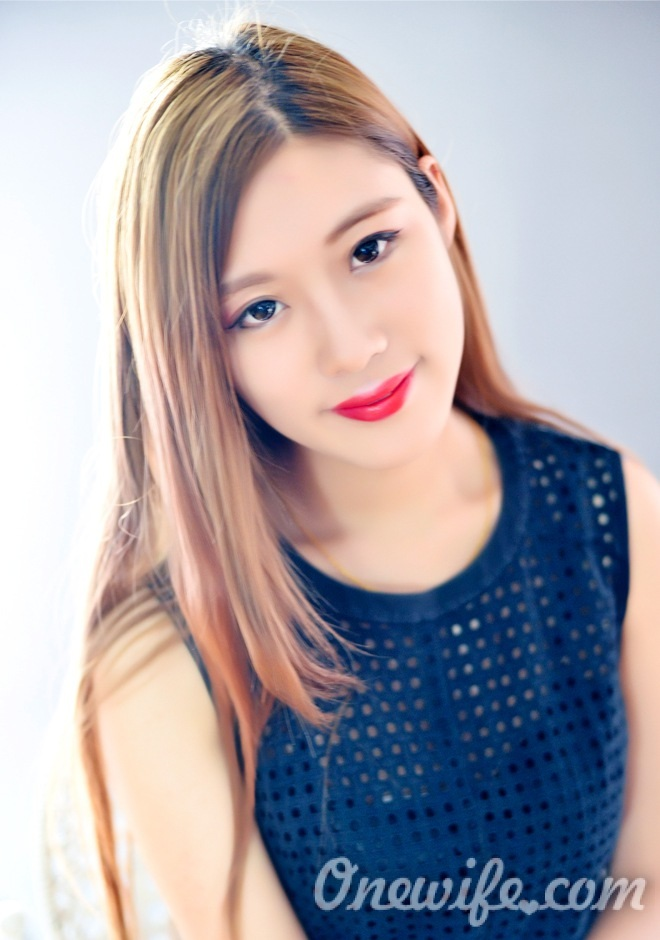 Single girl RuiFei (Jessy) 25 years old