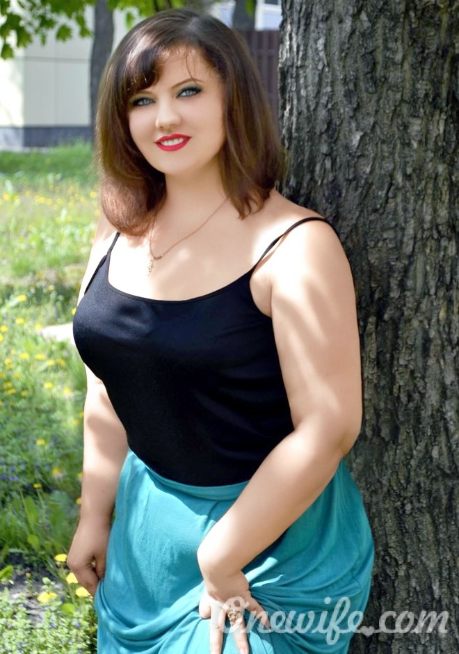 Single girl Katerina 27 years old