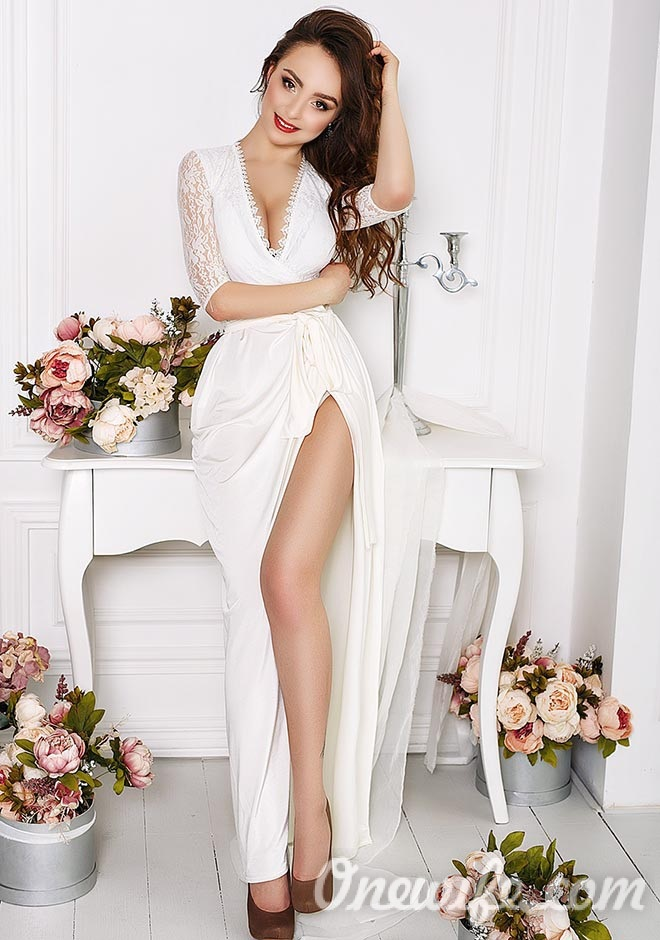 Russian bride Alina from Kiev