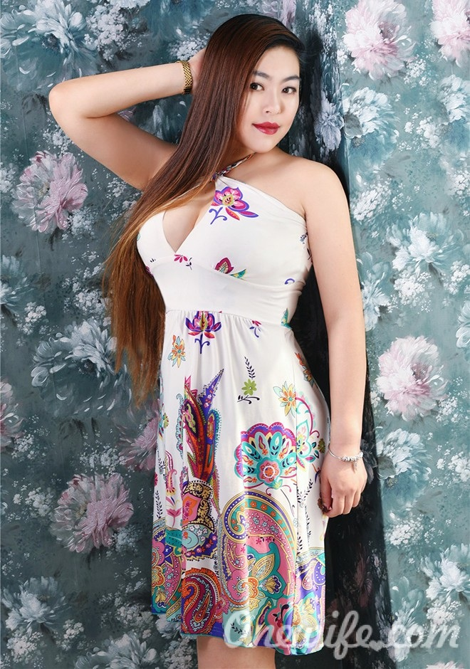 Russian bride Tingting (Cherry) from Shenyang