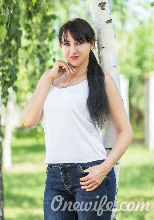 Russian bride Lyudmila from Melitopol