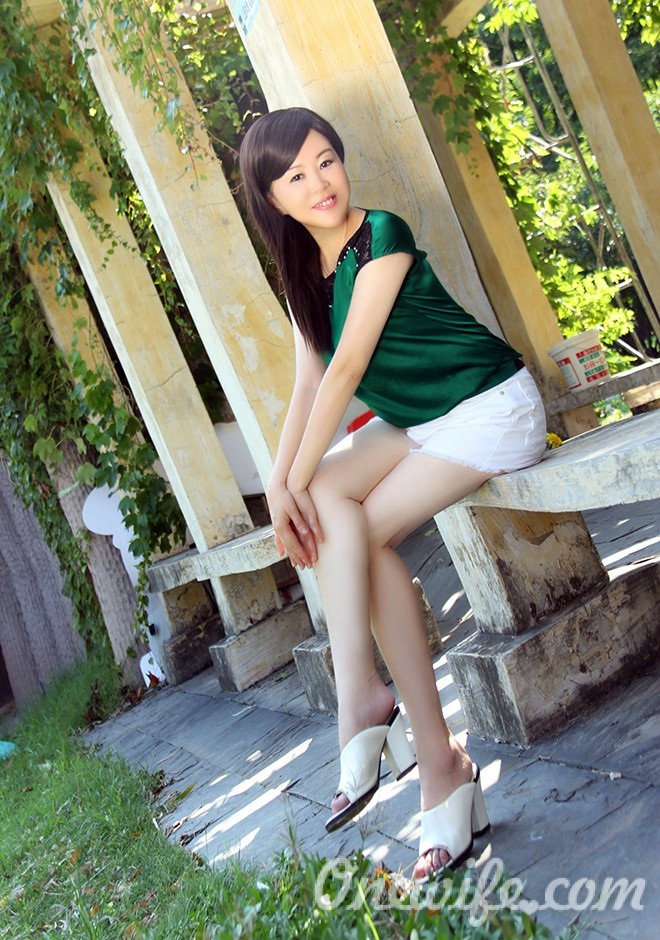 Russian bride Lijun from Wuhan