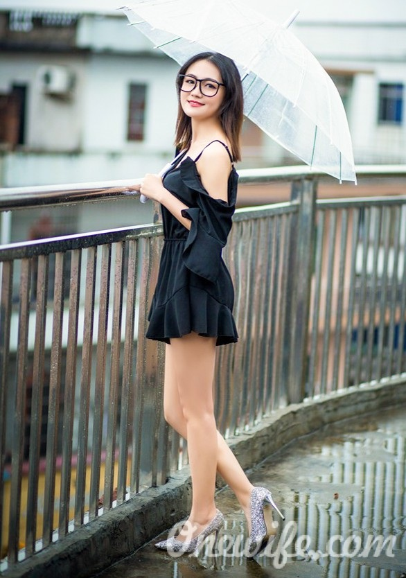 Russian bride Lifang from Nanchang