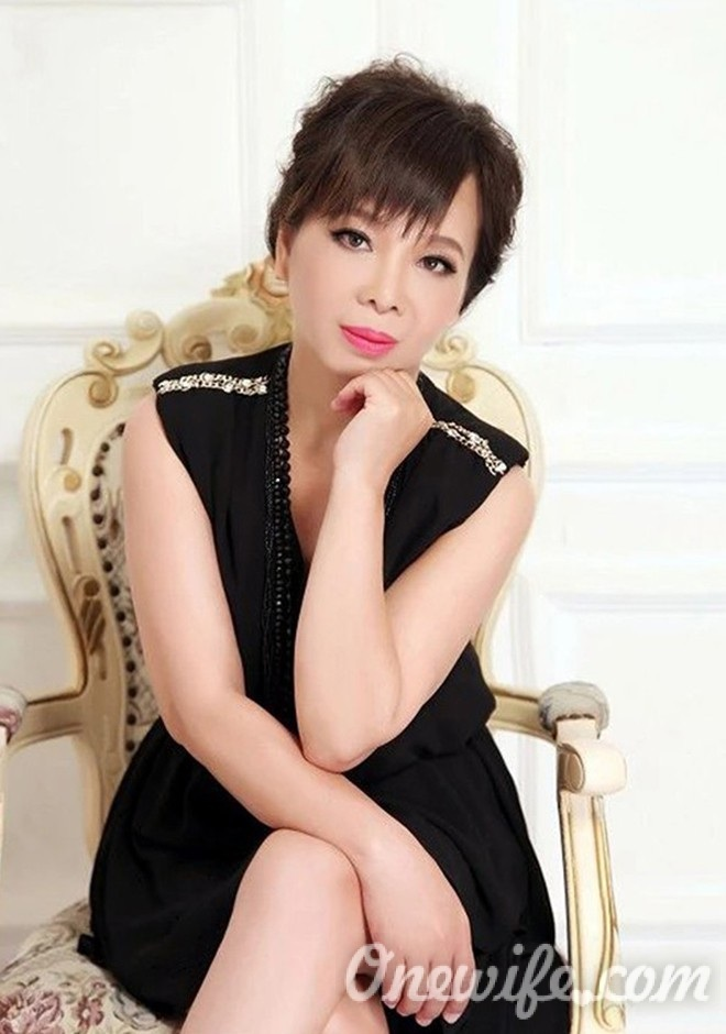 Single girl YongFang 59 years old